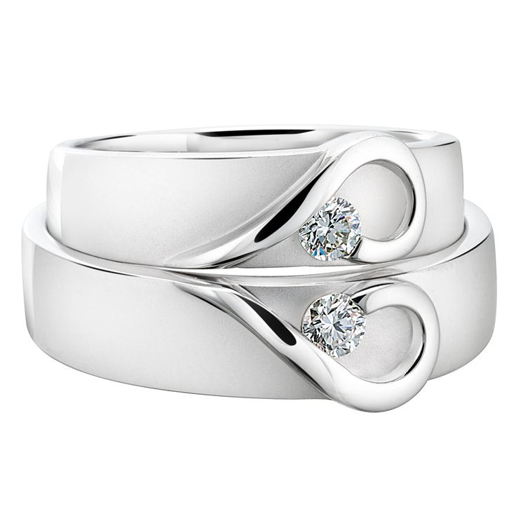 A lovely rings for a wedding