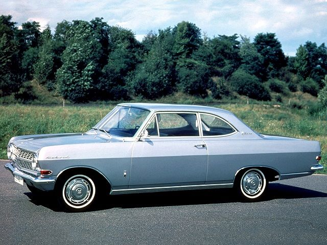 Opel Rekord Coupe (1963 – 1965).