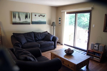 A lovely three bedroom cottage close to The Peaks and Blue Mountain Resorts