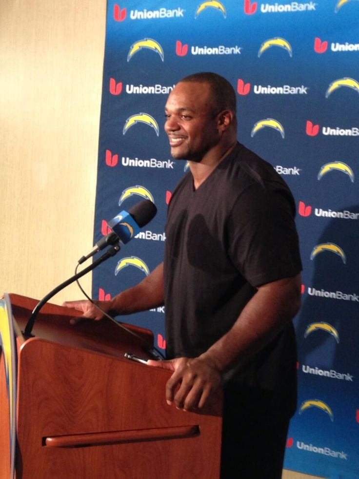 Dwight Freeney at his first #Chargers  press conference. Photo by (Annie Heilbrunn)  #Bolt #NFL