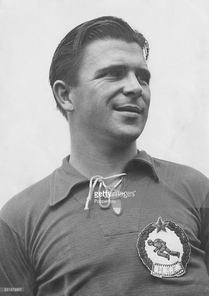 Hungarian footballer Ferenc Puskás (1927 - 2006), captain of the Hungarian national team, circa 1955.