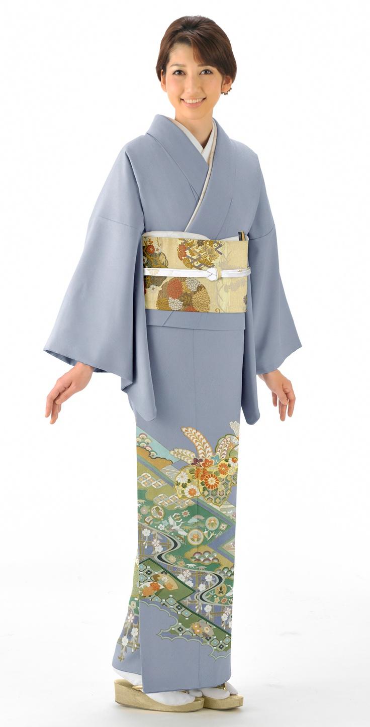 着物:ブルーグレー/辻ヶ花に鶴  Kimono : blue-gray / Tsujigahana & Crane