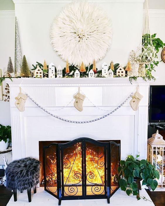 Take Your All White Fireplace Into The Season With Style Pillows Jujuhat