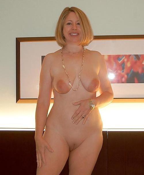 female porn stars fully naked