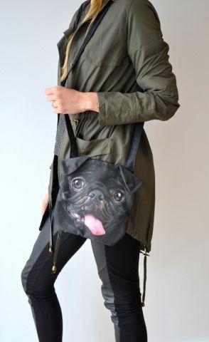 Torebka z czarnym psem mopsem