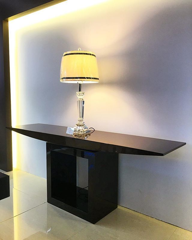 A bit of ambiance is key!! Check out our beautiful Day & Night console table at our #sydneyshowroom #madeinitaly  @sovereigninteriors #ordernow #dontwait #interiors #deluxe #design #instaluxury #instainteriors #interiorhome #interiordesign #sydneyblogger #sydneyhome #luxury #luxuryhome #luxurylifestyle #homedecor #SovereignInteriors #Italianmade #italianstyle #italiandesign # #modern #modernhome #interiorsydney #goldcoastblogger #design #contemporary #contemporaryhome #sydney
