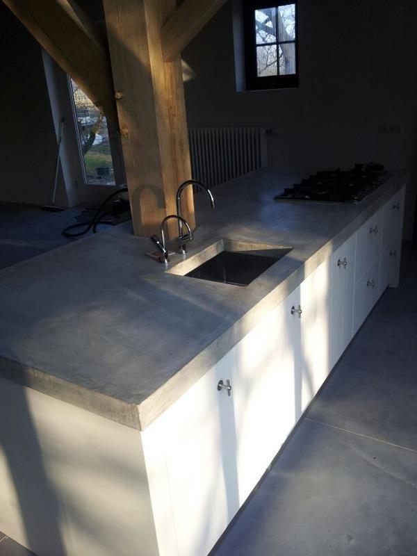 Geen tegels maar een gestorte granitovloer? Mozaiek werkt samen met twee ervaren granitowerkers | ook voor betonnen+granito aanrechten | ook voor beton cire | tadelakt