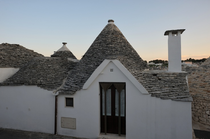 #Trulli A unique selection of charming accommodations in Apulia.    Sei splendide location in Valle d'Itria.