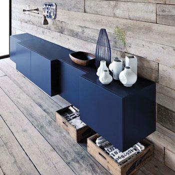 Je dressoir hoeft niet saai en simpel te zijn. Speel met kleur en vormen! Voor nog meer inspiratie ga naar http://100procentkast.nl/blog/inspiratie-voor-je-dressoir-4-9/