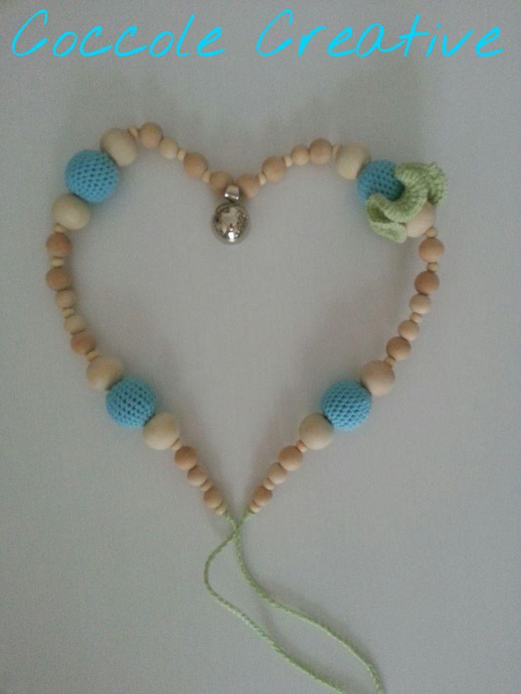 La collana dell'attesa in legno naturale cotone 100% e con un chiama angeli con impressi due cuori