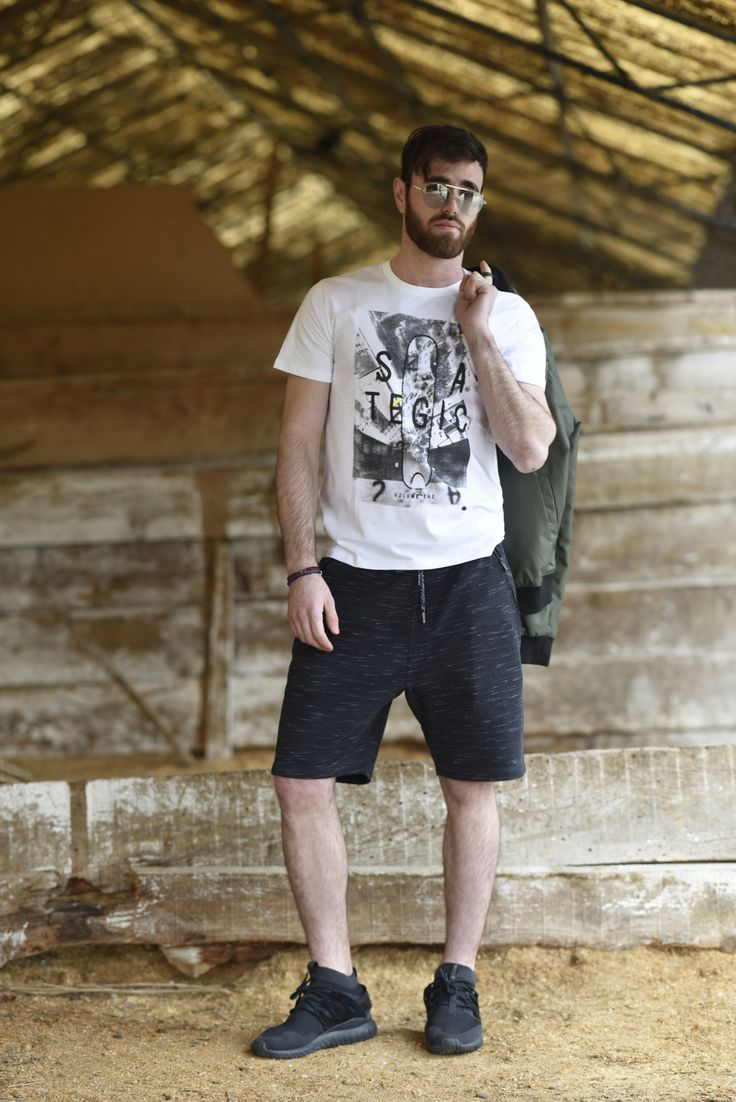 Splendid SS 2018 collection t-shirts & bermuda shorts.