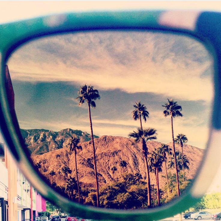 Happy 4th of July to all our Americano friends & family! We know today would've been epic!! ✌️ #topheads #eyewear #happy #july4th #epic #palmsprings #ca #photo #usa #happy4th #yew #wood #sunglasses #bondi #beach #australia