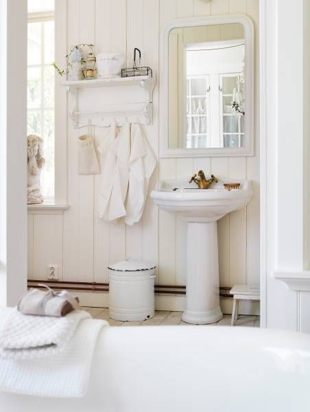 105 best Bathrooms images on Pinterest Bathrooms, Bathroom and - shabby chic badezimmer