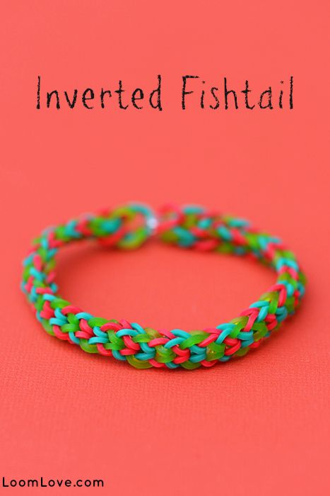 Inverted Fishtail Holiday Style Rainbow Loom