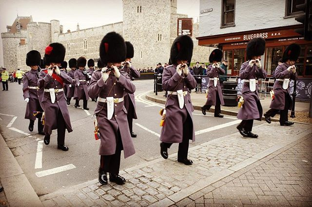 Arrived Windsor at the Changing of the Guard. Here theyre marching back to the barracks. #windsor