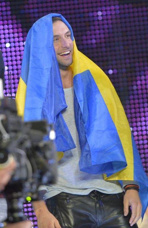 "Final - Sweden - Mans Zelmerlöw - ""Heroes"" - 365 points - place 1"