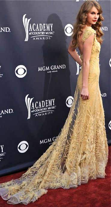 Taylor Swift - 46th Annual Academy of Country Music Awards 2011 - April 03, 2011.