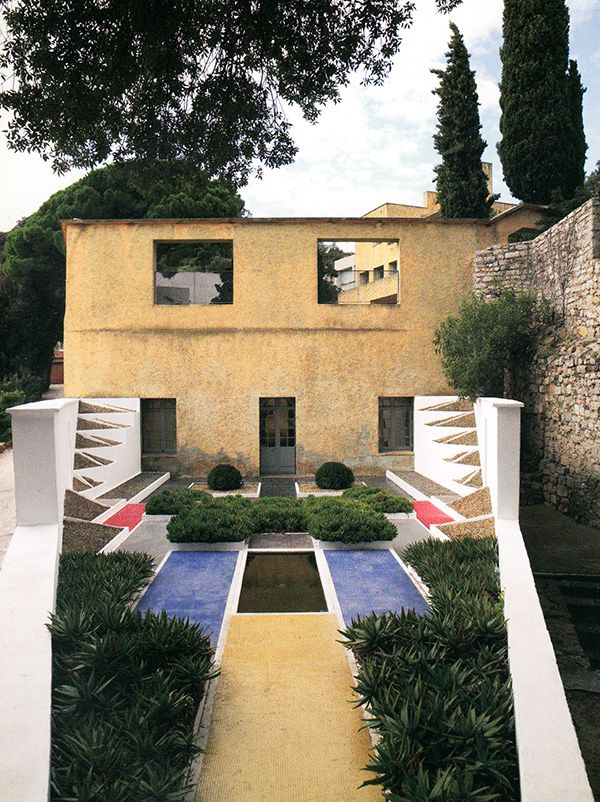 15 best favorite places spaces images on pinterest mansions villa and villas. Black Bedroom Furniture Sets. Home Design Ideas