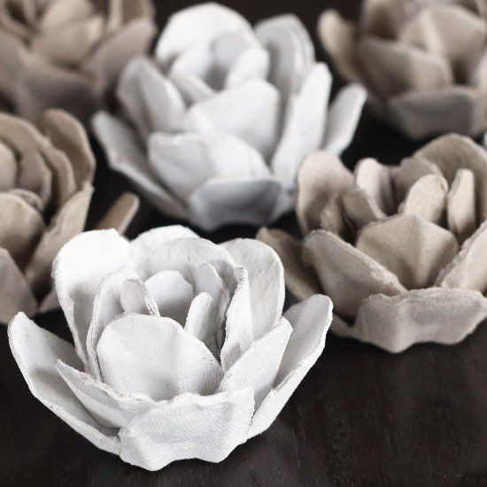 "make these pretty roses out of an egg carton | try dipping in thicker paint to get a ""one piece"" look"