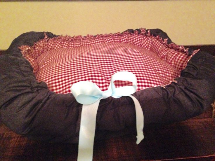 Charming country theme pet bed