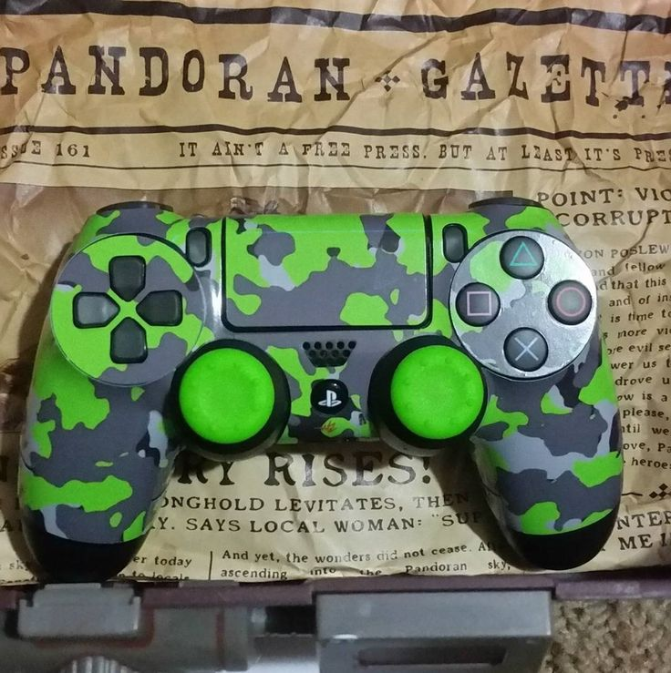Another great customer post from @likeabaust  here's a photo of my controller. It's a one of a kind now thanks to @wraptorskinz.  #wraptorskinz #wraptorskinzfans #controller #headset #setup #gamer #gamergirl #gamernation #psn #videogames #videogame #psn #ps4 #playstation #sony #borderlands #borderlands2 #green #limegreen #greatest #goat #unique #mficgaming #skins #skinz #wraptorpack #ps4controller #controllermod