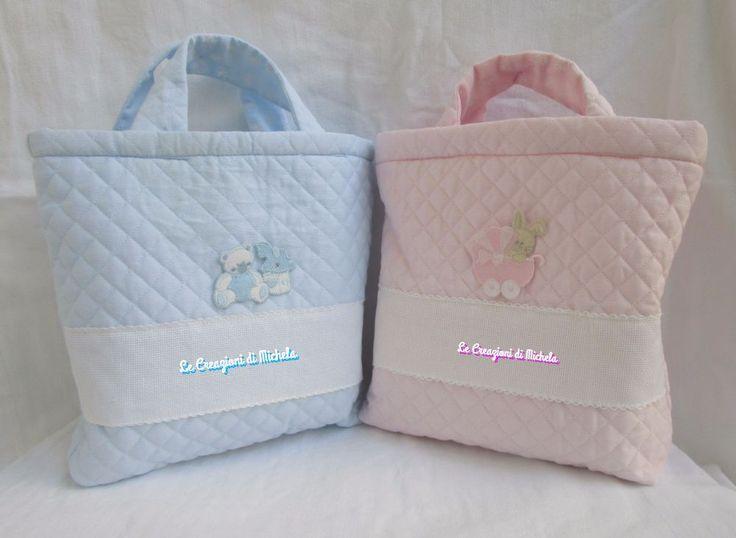 beauty case,borsa in tessuto trapuntato rosa o celeste personalizzabile con nome  punto croce; per info: per info: http://lecreazionidimichela.it.gg/home.htm