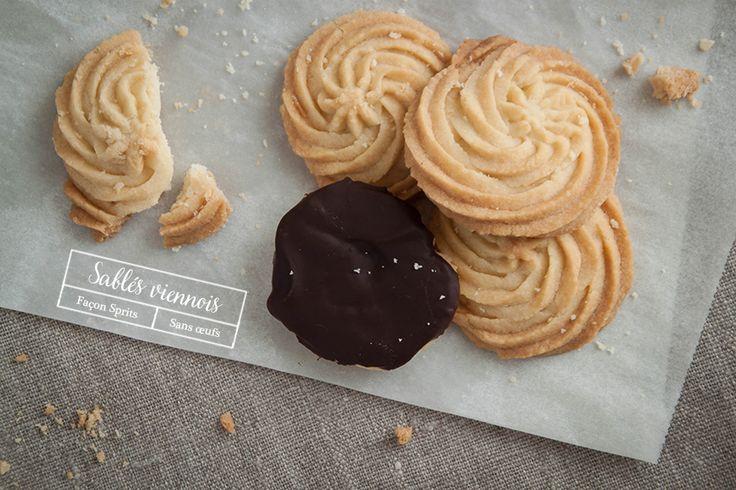 Recette des sablés viennois {sans oeufs} façon Sprits by Bigoût. #biscuits #sansoeufs #eggfree #sprits #chocolat #food #photography #foodphotography