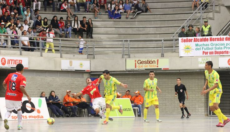 Juego parejo se vivió en el coliseo El Cielo. Al final empate a 2 tantos entre Rionegro y Bucaramanga.