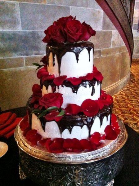 20 Wedding Cakes parfaits pour Halloween ! Image: 11