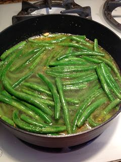 The Most Delicious Way to Cook Green Beans - side dish recipe with chicken broth, olive oil, garlic and butter And iron skillet!