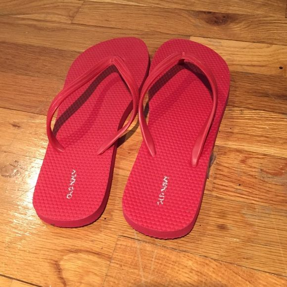Adorable red flip flops! Love the color! Perfect for summer! Old Navy Shoes