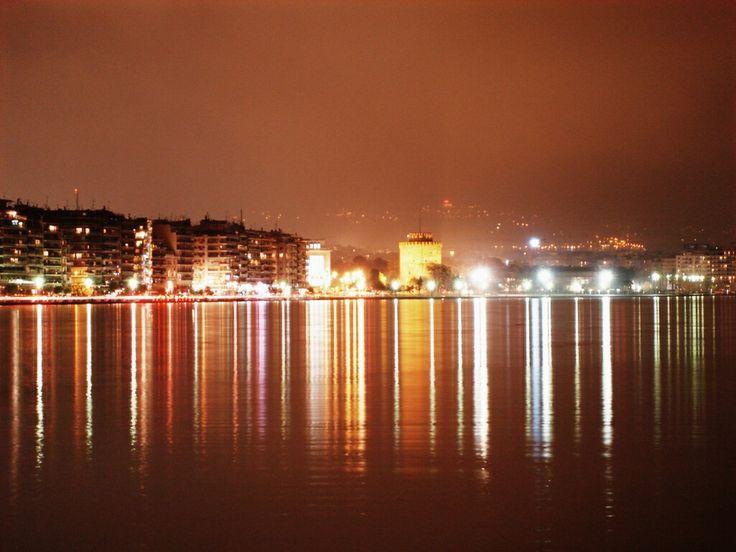 Ο Θεός Ερωτας θα ζούσε στη Θεσσαλονίκη by Aristotelis Patsiadis