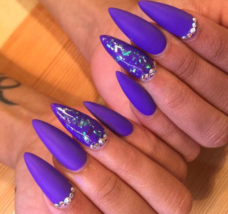 944 best Ovel & Stiletto Nails images on Pinterest | Stiletto nails ...