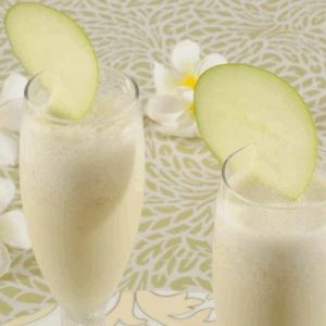 Apple and Earl Gray Milkshake Recipe- Best recipe to stay cool in summer. Refreshing & cooling recipe