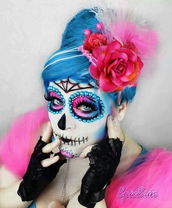 Day of the Dead makeup. Loving the pinks & blues