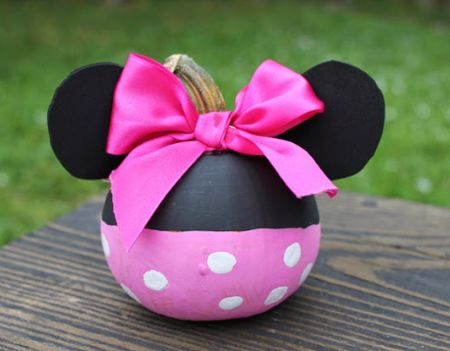 Make a disney-inspired pumpkin this Halloween! A signature bow and polka dots encapsulate Minnie Mouse's timeless, girly style. See more at Disney Baby »   - CountryLiving.com