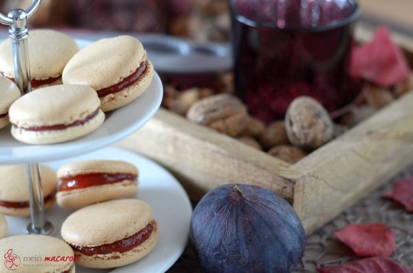 Walnuss-Macarons mit Feigenmarmelade