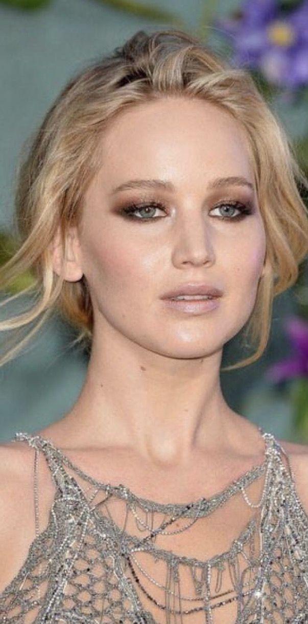 Jennifer Lawrence 2017 Mother Premiere