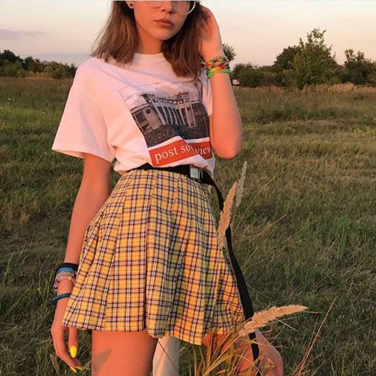Grunge-clothing boutique de vêtements distinctive grunge aesthetics. Une boutique é…