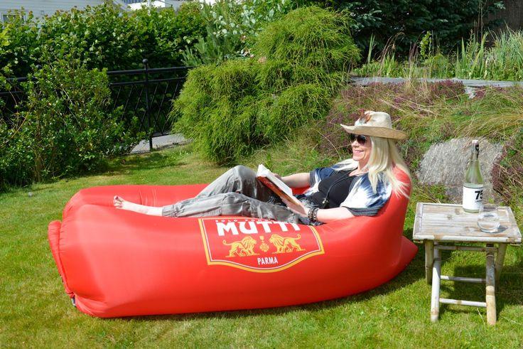Har du lyst til å vinne en flott Lazybag eller hangout som den også kalles? Klikk på bildet og bli med!