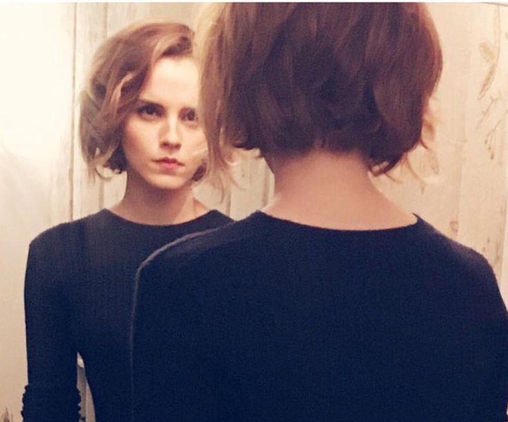 Back of Emma Watson's new haircut, December 2015. #bob #layers #shorthair #emmawatson