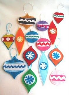 Felt ornaments are a great idea for kids!