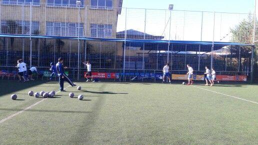 """Una tarde soleada precisa para entrenar. Taller de """"Fútbol para Todos"""" en #CDSPolivalente."""