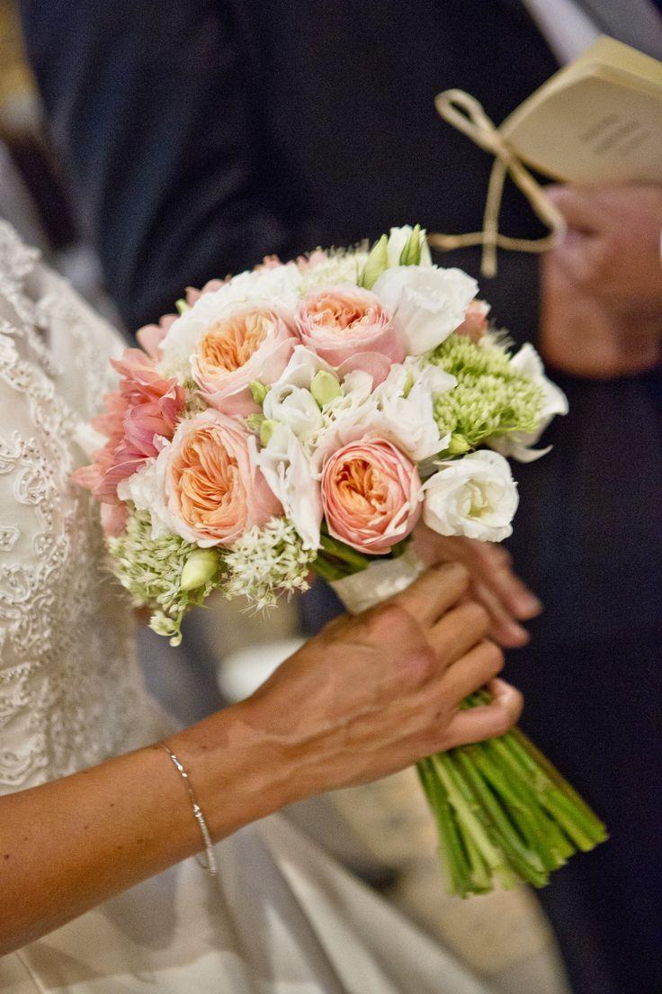bouquet de mari e p che roses lisianthus sedums gali m photographe christo. Black Bedroom Furniture Sets. Home Design Ideas