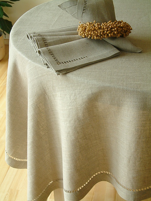 17 Best Images About Pretty Tablecloths On Pinterest