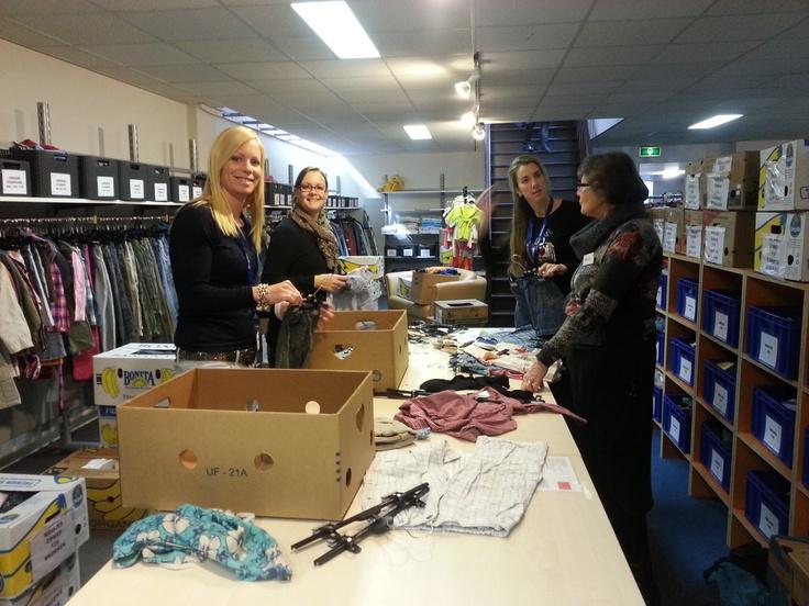 Georganiseerd lukt het beter om gepaste kleding te vinden #NLdoet #Kledingbank