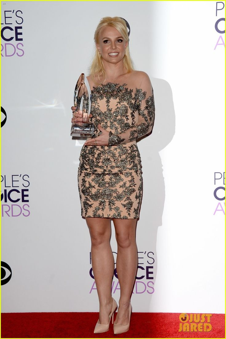 britney spears peoples choice awards 2014 with david lucado 03 Britney Spears shows off her award backstage in the press room at the 2014 People's Choice Awards held at the Nokia Theatre L.A. Live on Wednesday (January 8) in…
