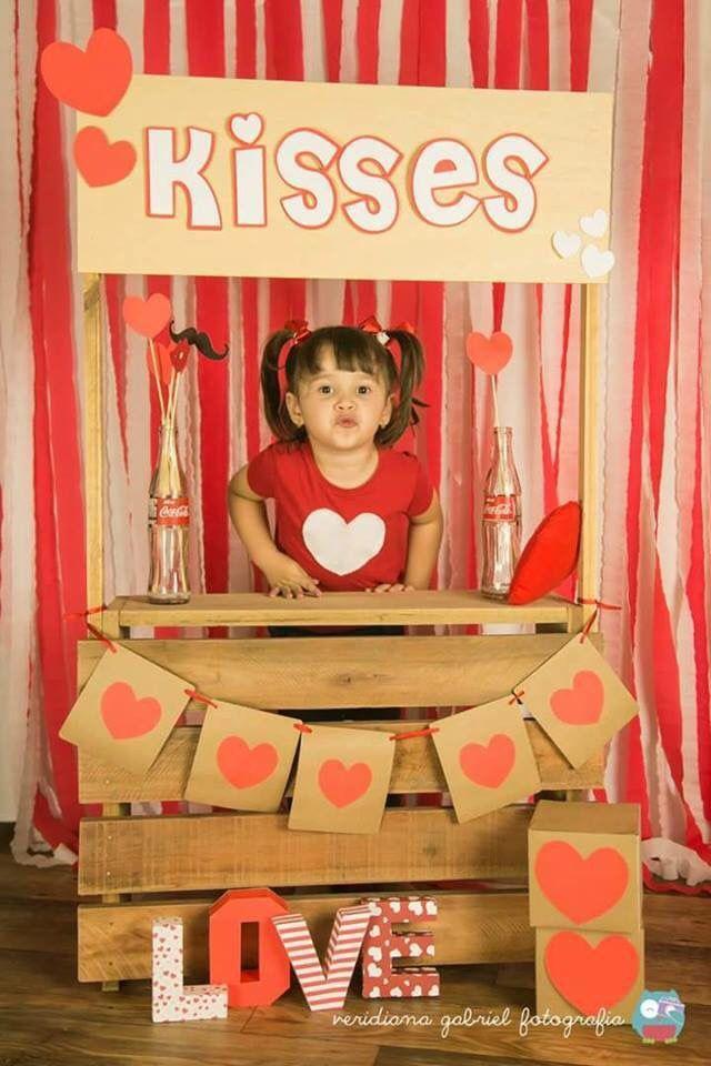 Barraca do beijo feita com caixotes palete. Vai ficar legal demais