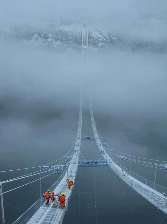 A walk in the clouds | The Norway Sky Bridge. I'm putting