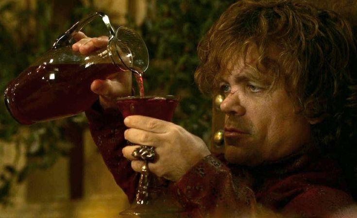 Juego de Tronos , la serie en la que más vino se bebe. - http://www.bodegaslapurisima.com/juego-de-tronos-la-serie-en-la-que-mas-vino-se-bebe/ Sin duda Juego de Tronos se ha convertido en una de las series más influyentes de los últimos tiempos. Cualquiera que haya visto algún capitulo de la serie habrá observado que los diferentes personajes no paran de beber vino. The Movie Maniacs se han hecho una pregunta, ¿Quién es el personaje de ...  #Juegodetronos, #Vino